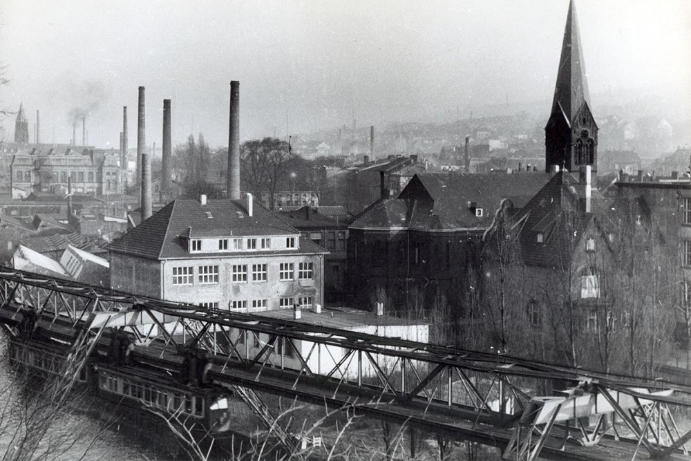 Sachsenröder historie schwebebahn